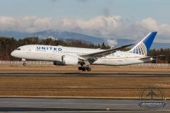 United B787-8 N28912