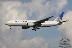 United B777-200 N78001