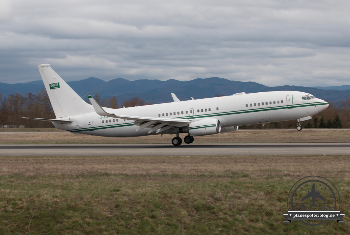 Royal Air Force B737BBJ HZ-102