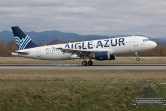 Aigle AZUR A320 F-HBIO