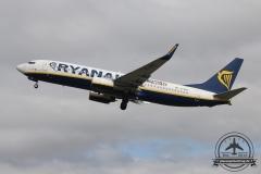 Ryanair B737-800 EI-EKE