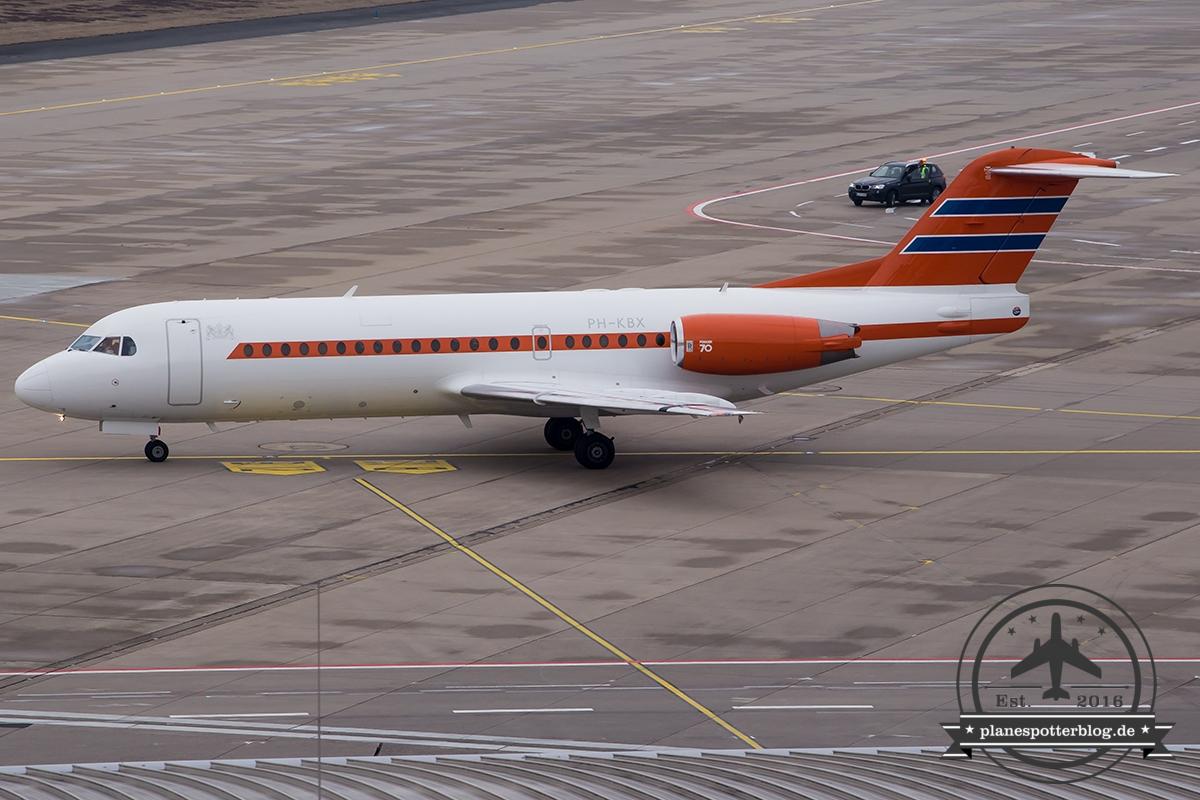 Fokker 70 PH-KBX Royal Dutch Flight