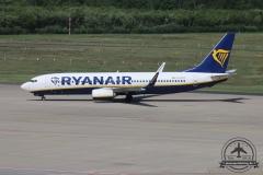 Ryanair B737-800 EI-FOY