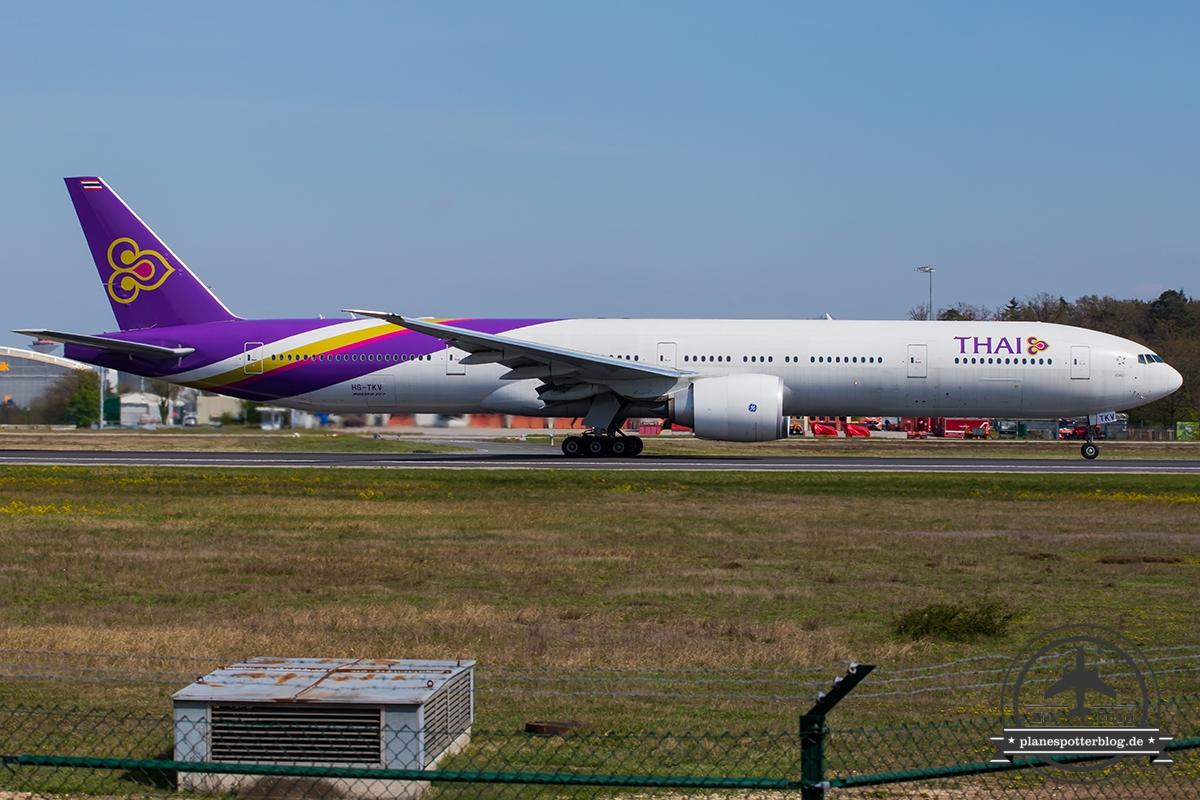HS-TKV Thai Airways International Boeing 777-3D7(ER) - cn 42111 / 1215