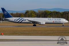 N844MH Delta Air Lines Boeing 767-432(ER) - cn 29717 / 871