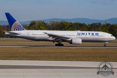 N787UA United Airlines Boeing 777-222(ER) - cn 26939 / 43