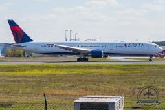 N837MH Delta Air Lines Boeing 767-432(ER) - cn 29710 / 820