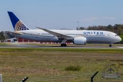 N45905 United Airlines Boeing 787-8 Dreamliner - cn 34825 / 55