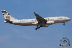A6-EYP Etihad Airways Airbus A330-243 - cn 854