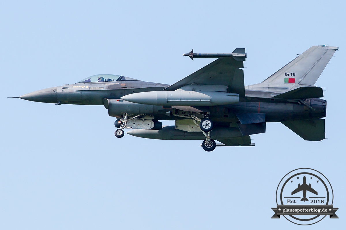 15101 General Dynamics F-16AM Fighting Falcon Portuguese Air Force Monte Real Esq 201