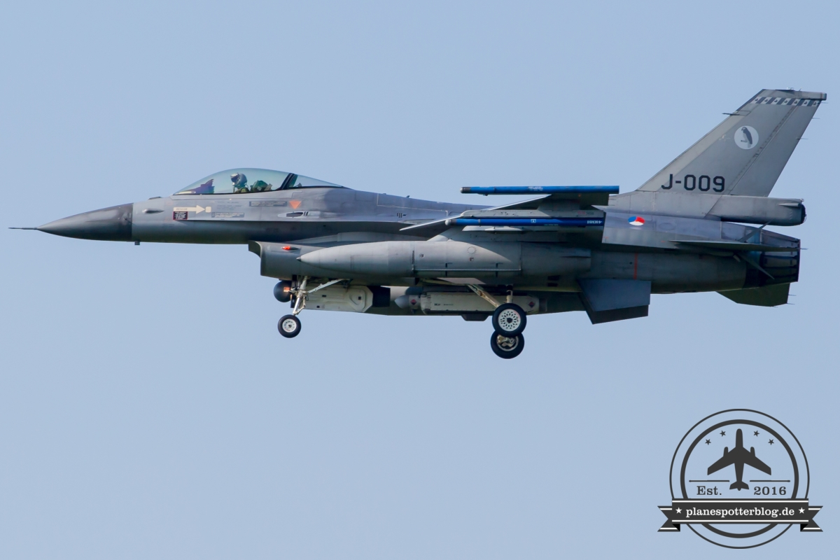 J-009 General Dynamics F-16AM Fighting Falcon Royal Netherlands Air Force Volkel 313 Sqn