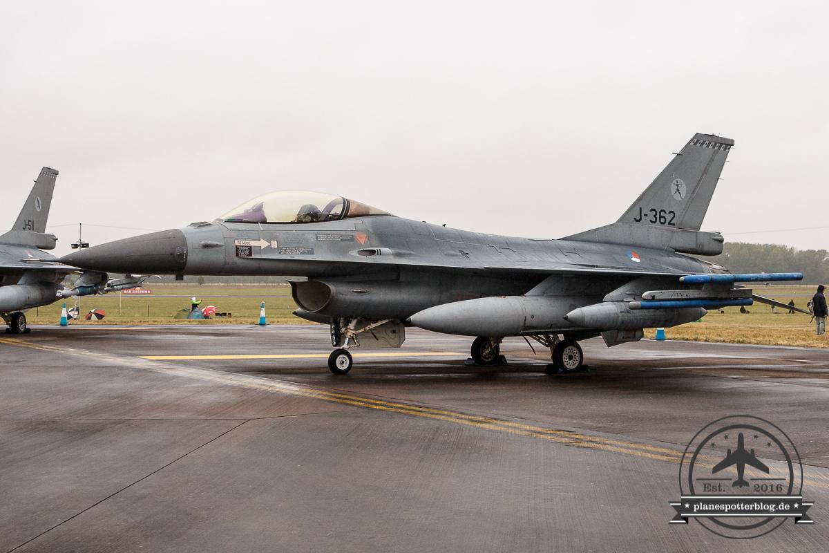 RIAT RNLAF F-16A J-362