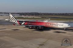 A6-EHJ A340-600 Etihad Formel1 Terasse