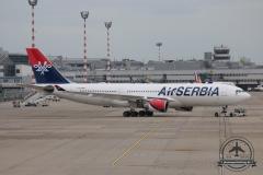 YU-ARA A330-200 AirSerbia Feuertreppe