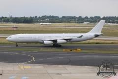 Hifly A340-300 CS-TQZ